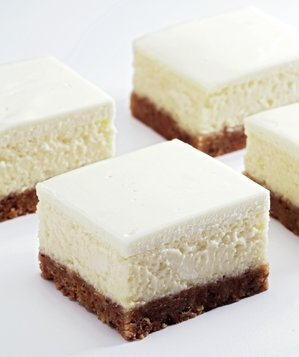 lemon-cheesecake-bars