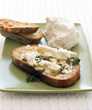 0507goat-cheese-bruschetta