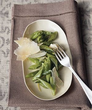 sugar-snaps-extra-virgin-olive-oil-shaved-parmigiano