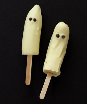 Frozen Banana Ghosts from Real Simple