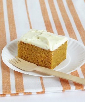 pumpkin-bars-frosting
