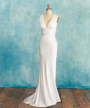 If you 39 re tall wedding dresses how to choose the for Real simple wedding dresses