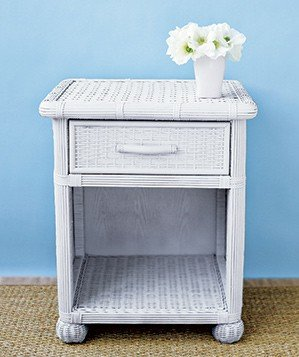 0409white-drawers