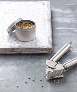 0709garlic-press-spice