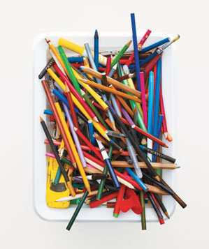 colored-pencils-white-bin