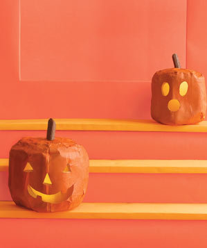 paper-sculpture-jack-o-lanterns-stairs