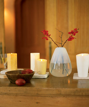 dining-table-teardrop-vase-candles