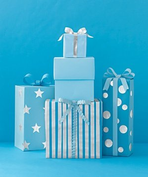 105-art-blue-gifts