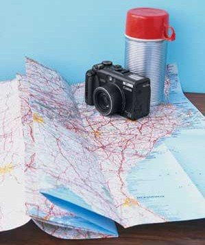 map-camera-thermos