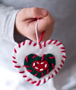 child-homemade-heart-ornament-christmas