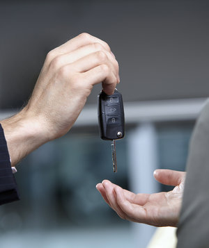 new-car-shopping-key