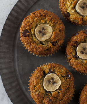 paleo-banana-chocolate-chip-muffins