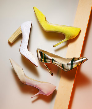 high-heeled-pumps