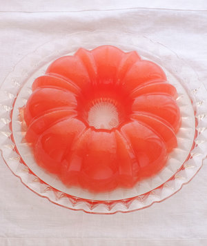ruby-red-grapefruit-jelly