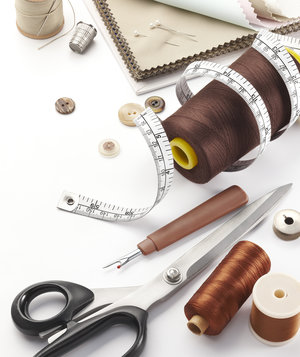 tailoring-supplies-scissors-thread-measuring-tape