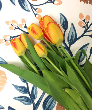 tulips-patterned-paper