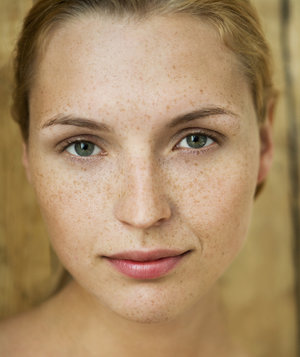 woman-natural-makeup-look
