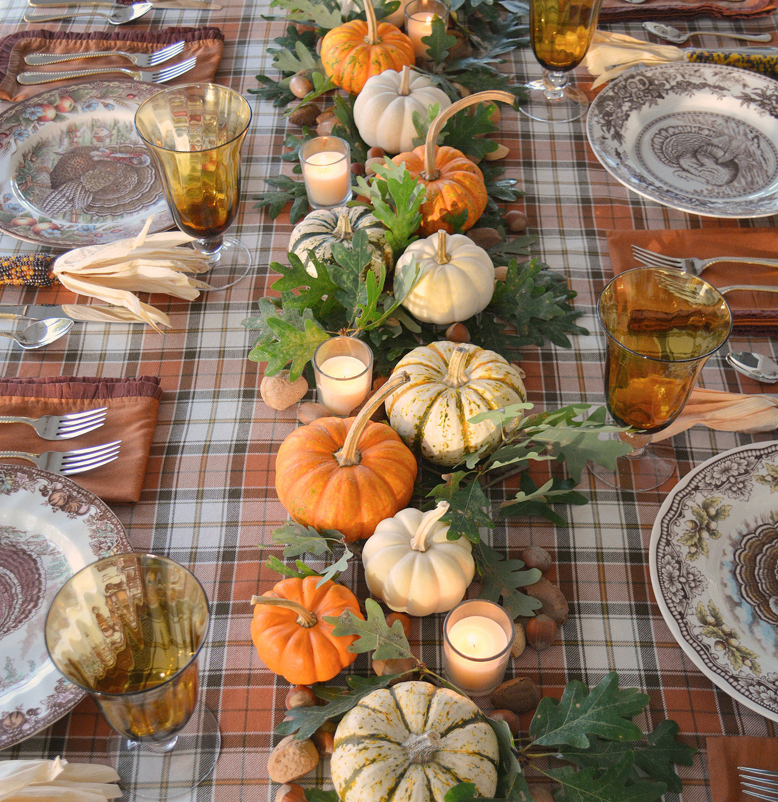 Traditional Thanksgiving Table Setting