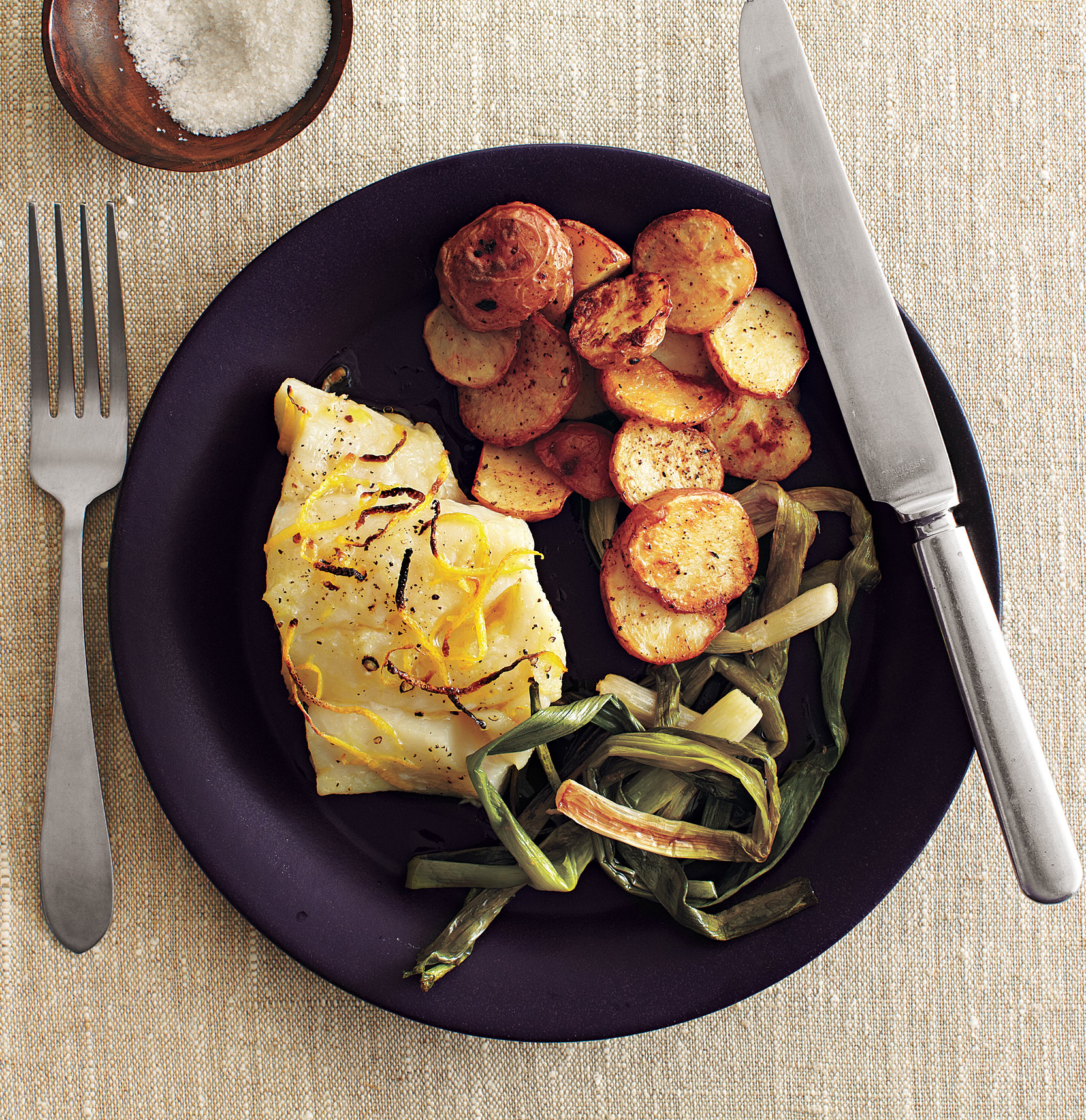 Easy Dinner Ideas: Roasted Cod and Scallions With Spiced Potatoes