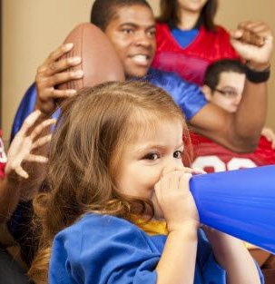 super-ways-to-keep-kids-busy-super-bowl