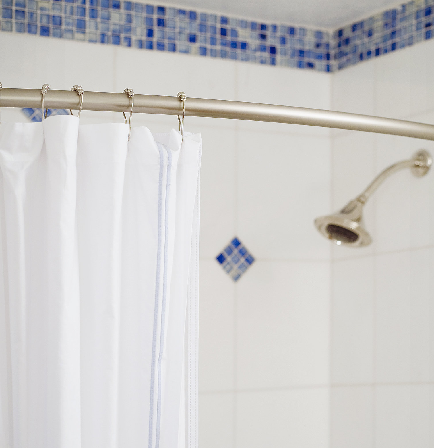 How to Clean Your Shower Curtain