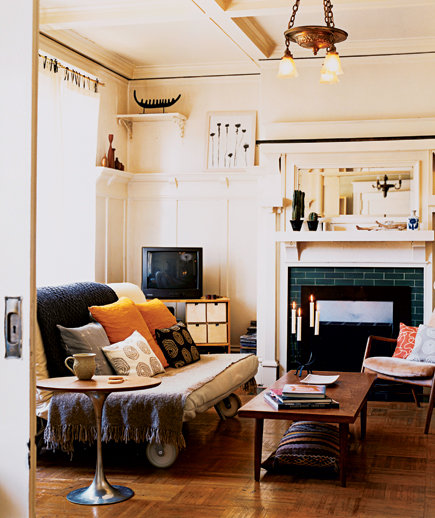 Make Your Furniture Mobile | 16 Apartment Decorating Ideas ...