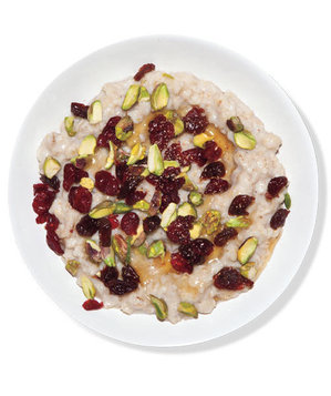 Oatmeal With Dried Fruit and Pistachios | 10 Oatmeal Recipe Ideas for ...
