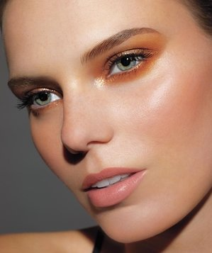 monochromatic eyes  fiveminute beauty tips  real simple