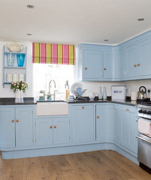 Something blue 19 amazing kitchen decorating ideas for Kitchen cabinets blue