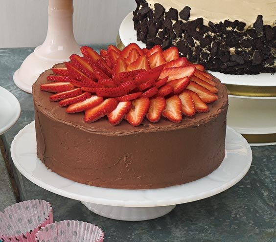 Yellow Cake With Fresh Strawberry Filling, Chocolate Sour Cream ...