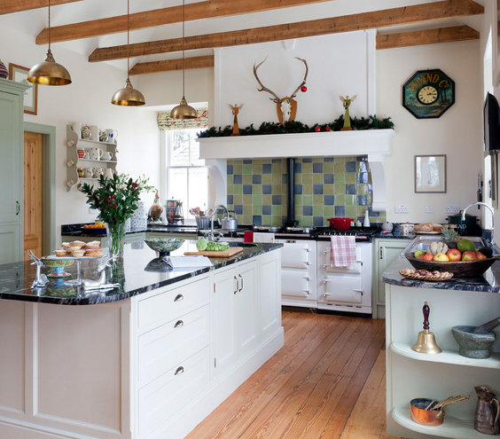 Farmhouse fab 19 amazing kitchen decorating ideas real for Kitchen decoration photos