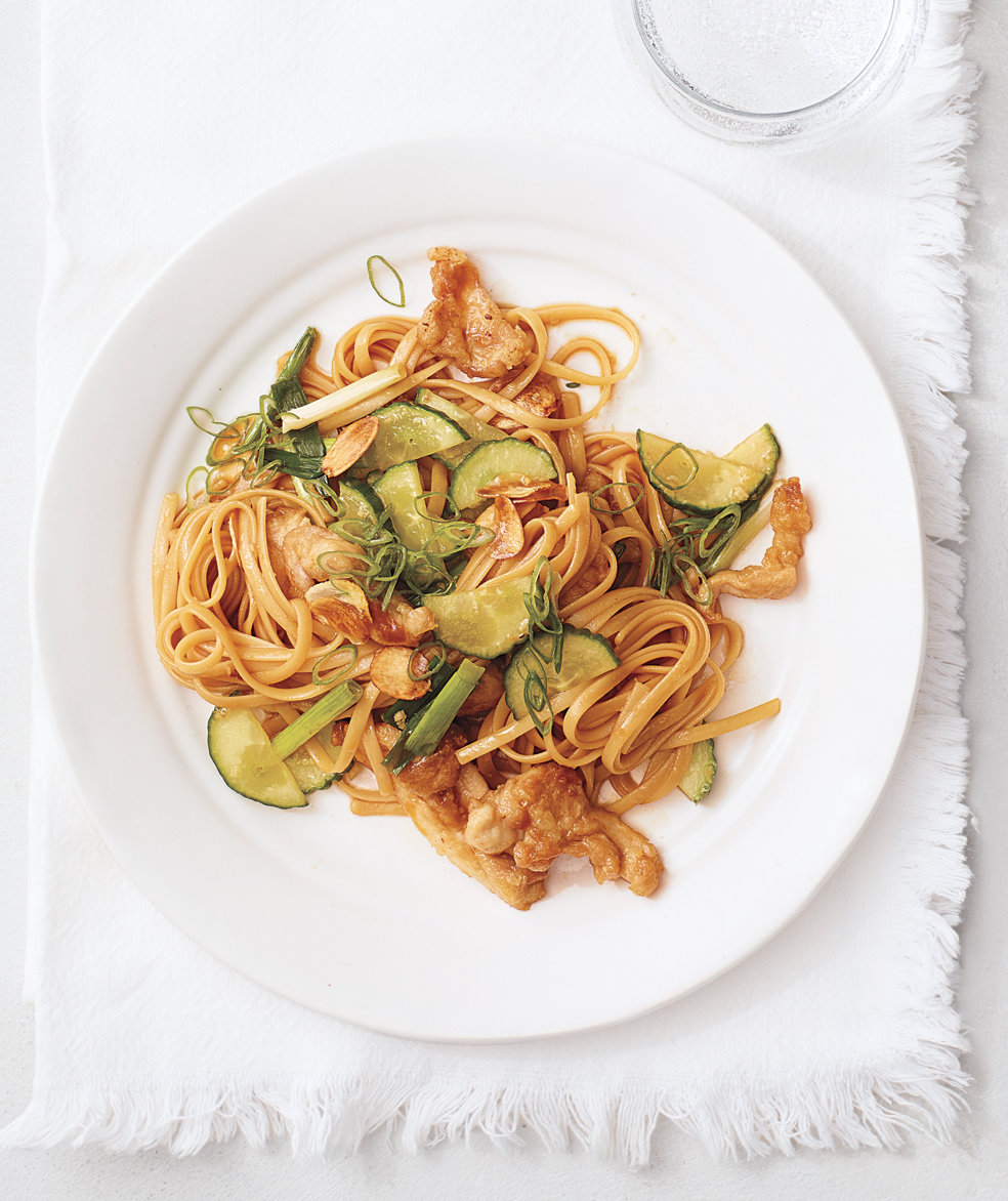 Garlic Chicken Stir Fry With Noodles Chicken And Cucumber Stir-fry