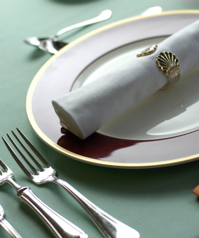 table-setting-manners