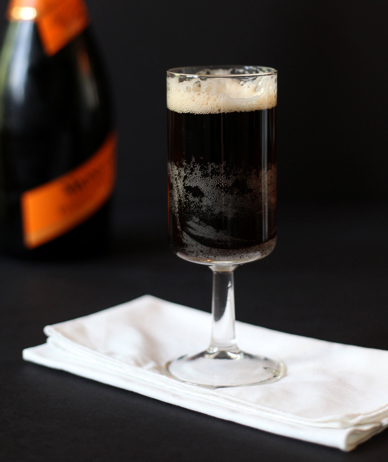 black-velvet-cocktail