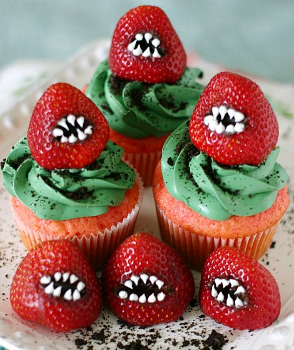 Scary Easy Halloween Cupcake Toppers