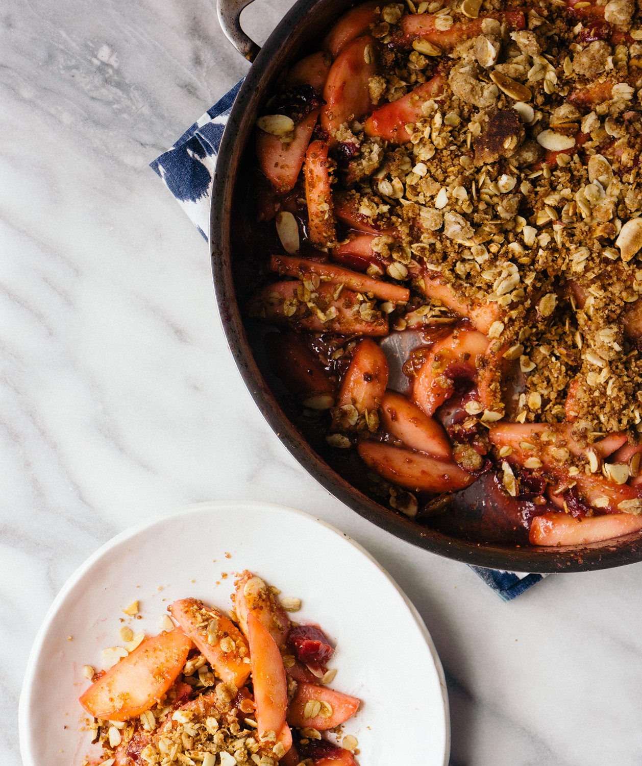 skillet-apple-cranberry-crisp