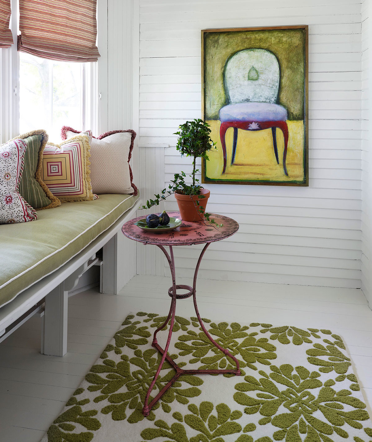 Smart Tricks For Home Decorating Ideas For Small Homes: 7 Small Decorating Tricks To Get Your