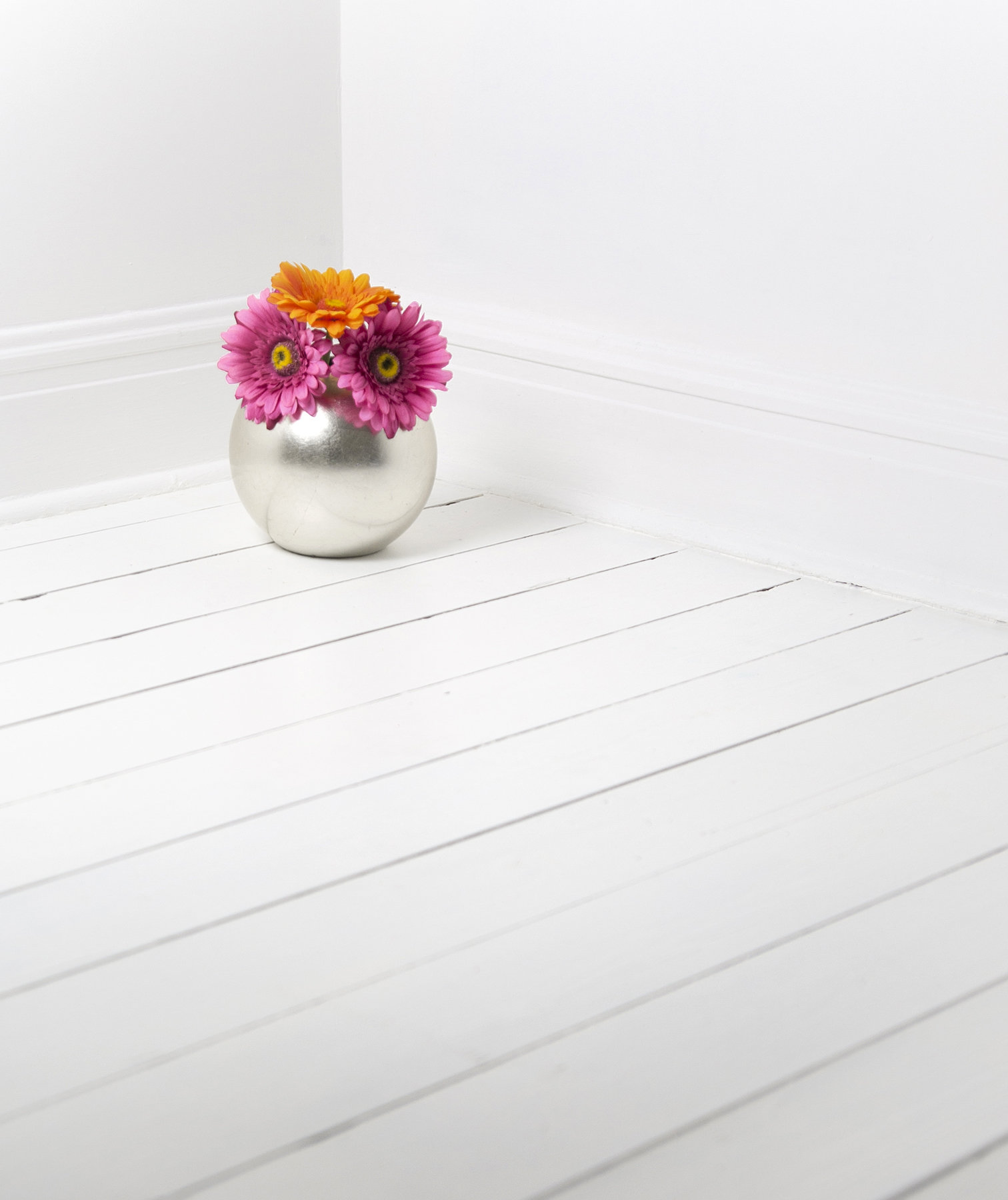 painted-floor-white