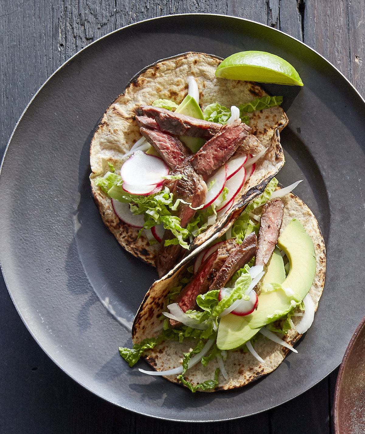 garlic-skirt-steak-tacos