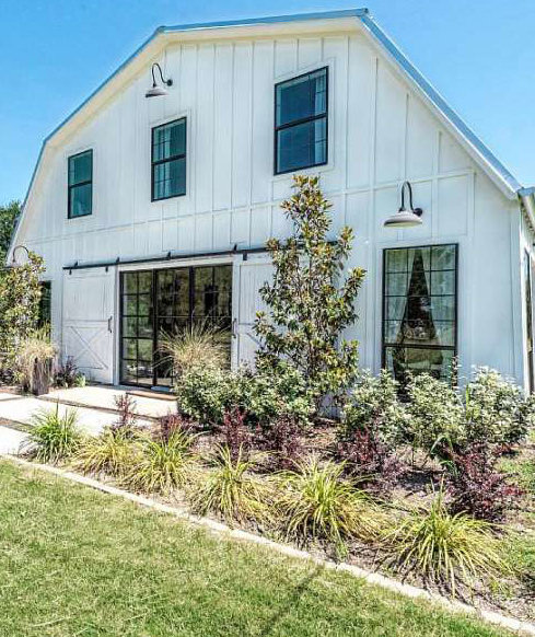 As Seen On TV: Stay In These Homes From Fixer Upper