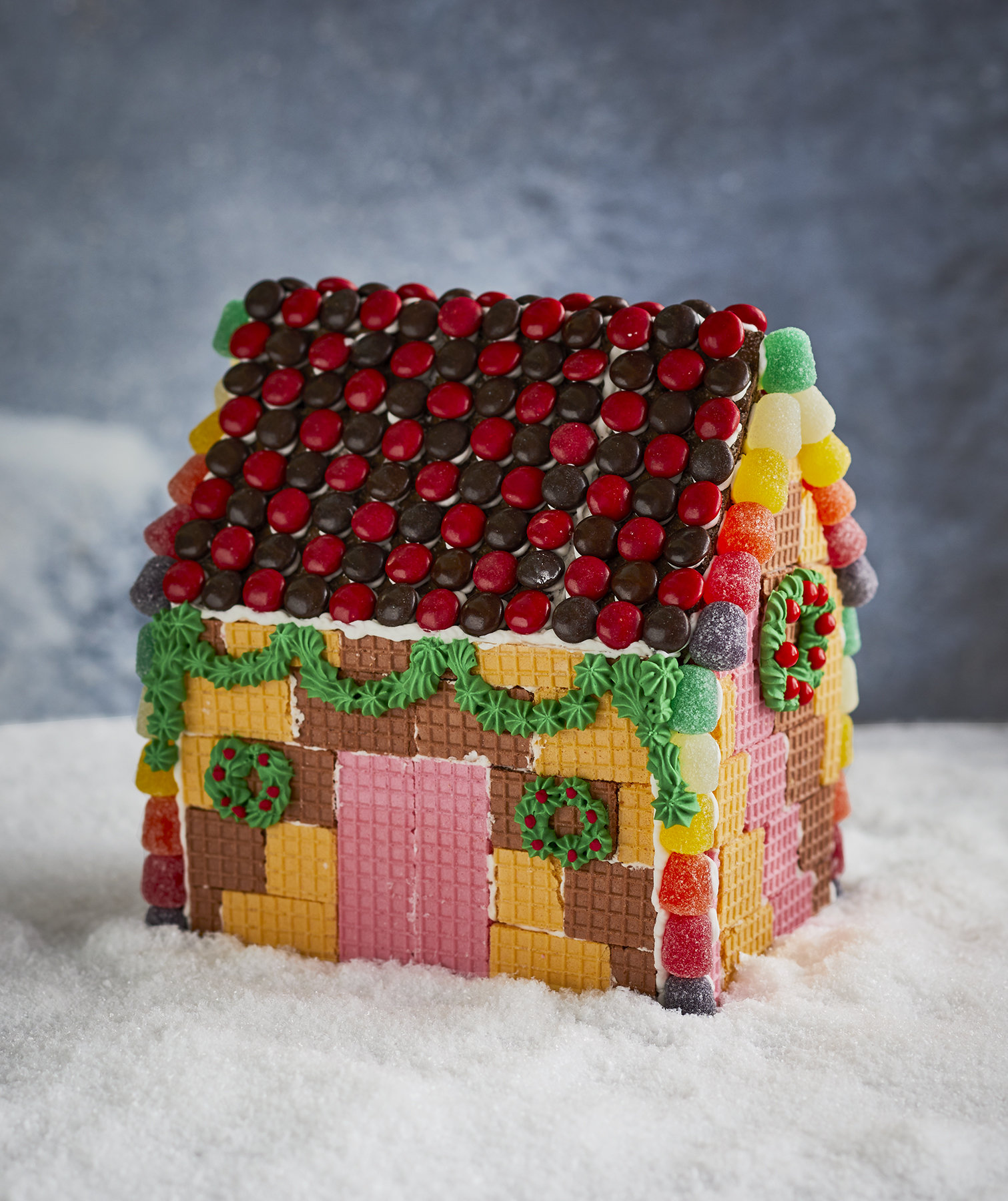 wafer-cookie-gingerbread-house