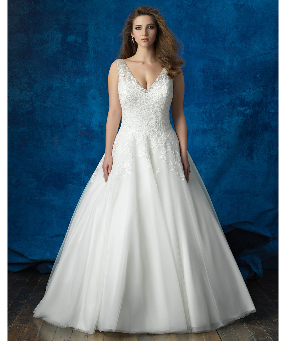 allure-bridals-lace-tulle-ballgown