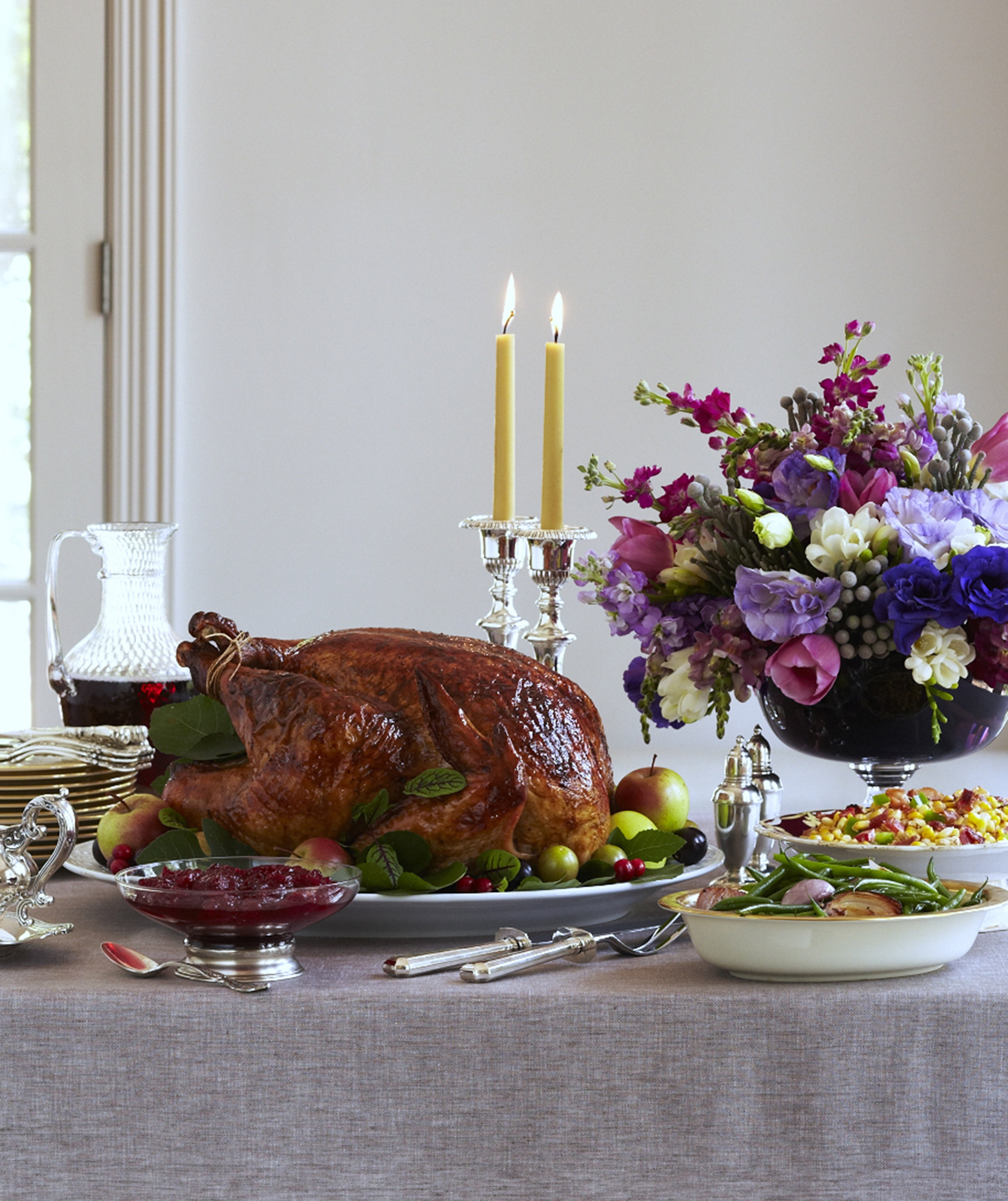 thanksgiving-table-turkey-flowers