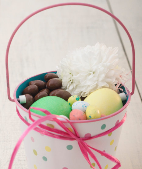 easter-eggs-and-chocolate-in-a-pot