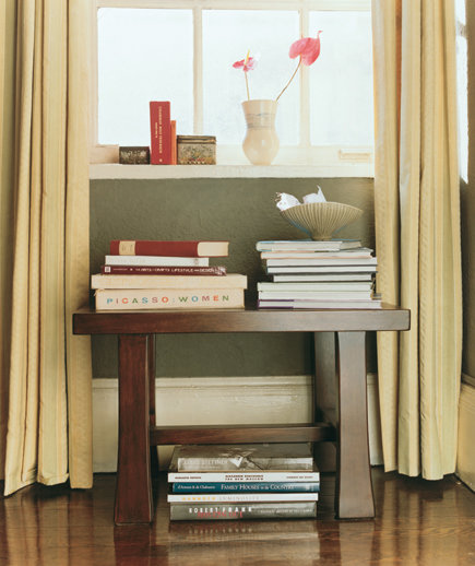 Smart Tricks For Home Decorating Ideas For Small Homes: Decorate With Double-Duty Finds