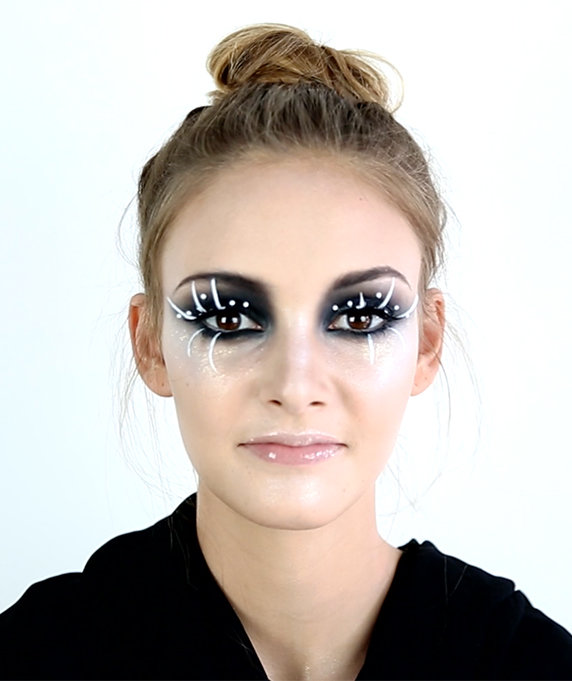 Halloween Makeup Ideas That Are Spooky Sexy and Fun - Really Simple Halloween Makeup