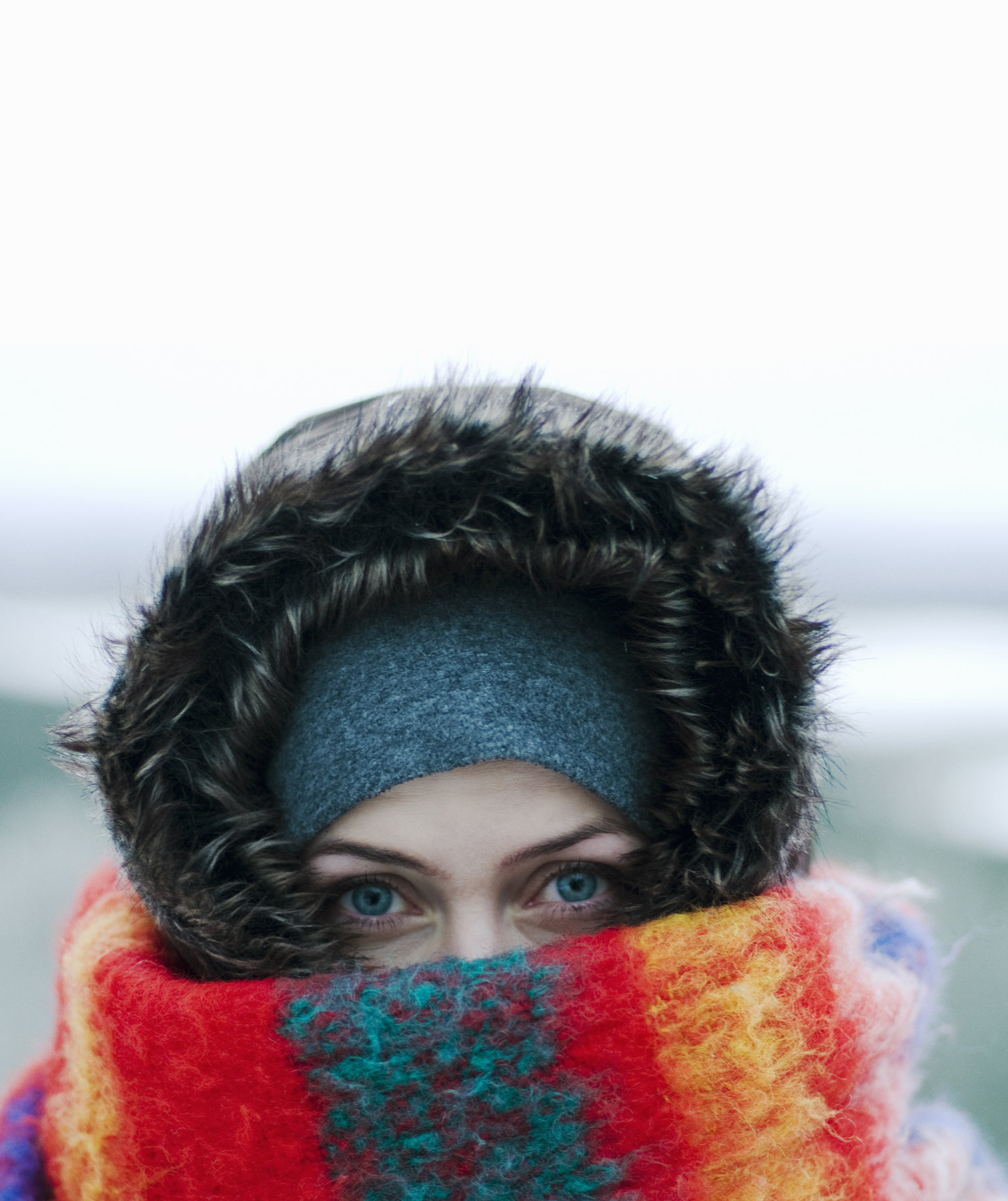 woman-bundled-snow-cold-scarf