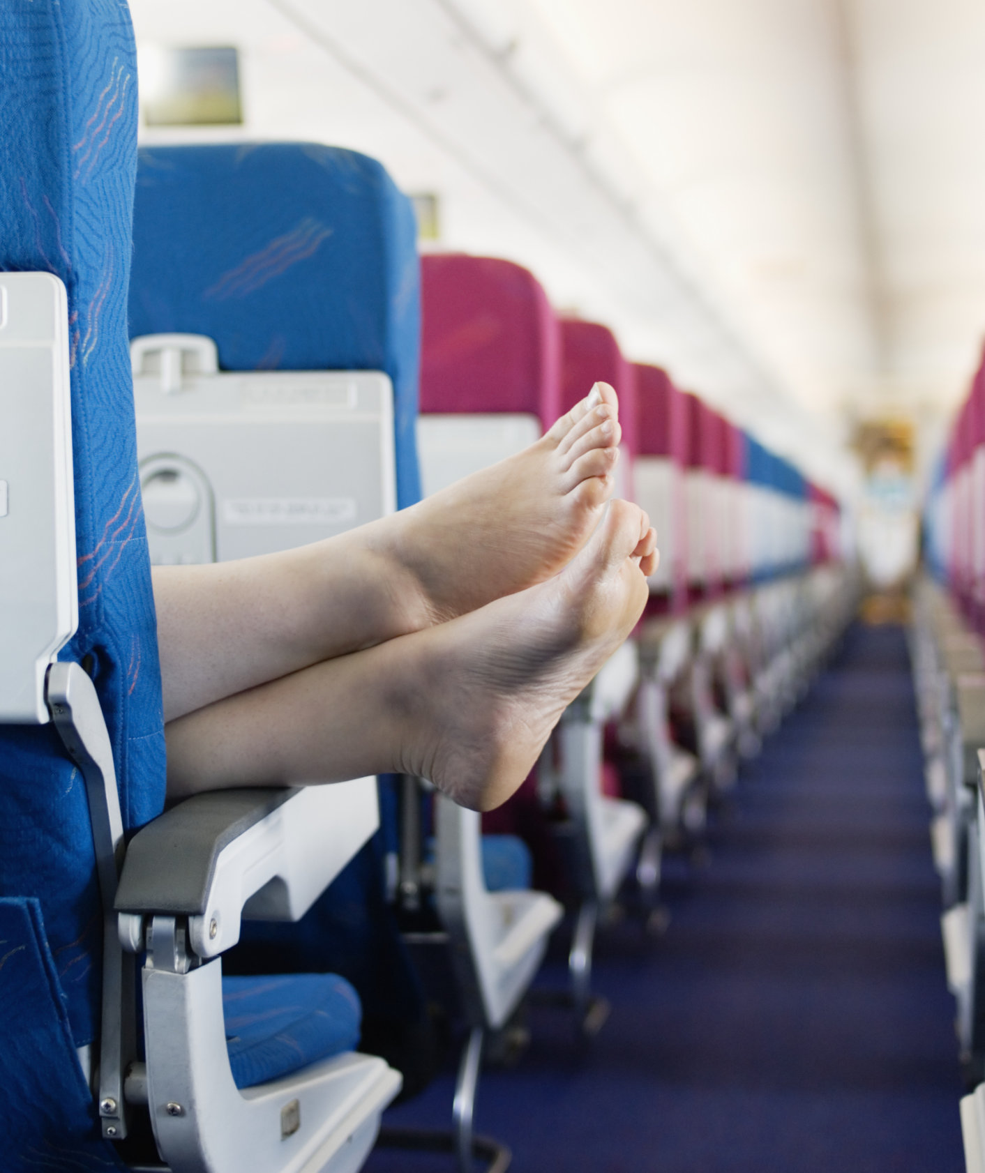 feet-in-airplane
