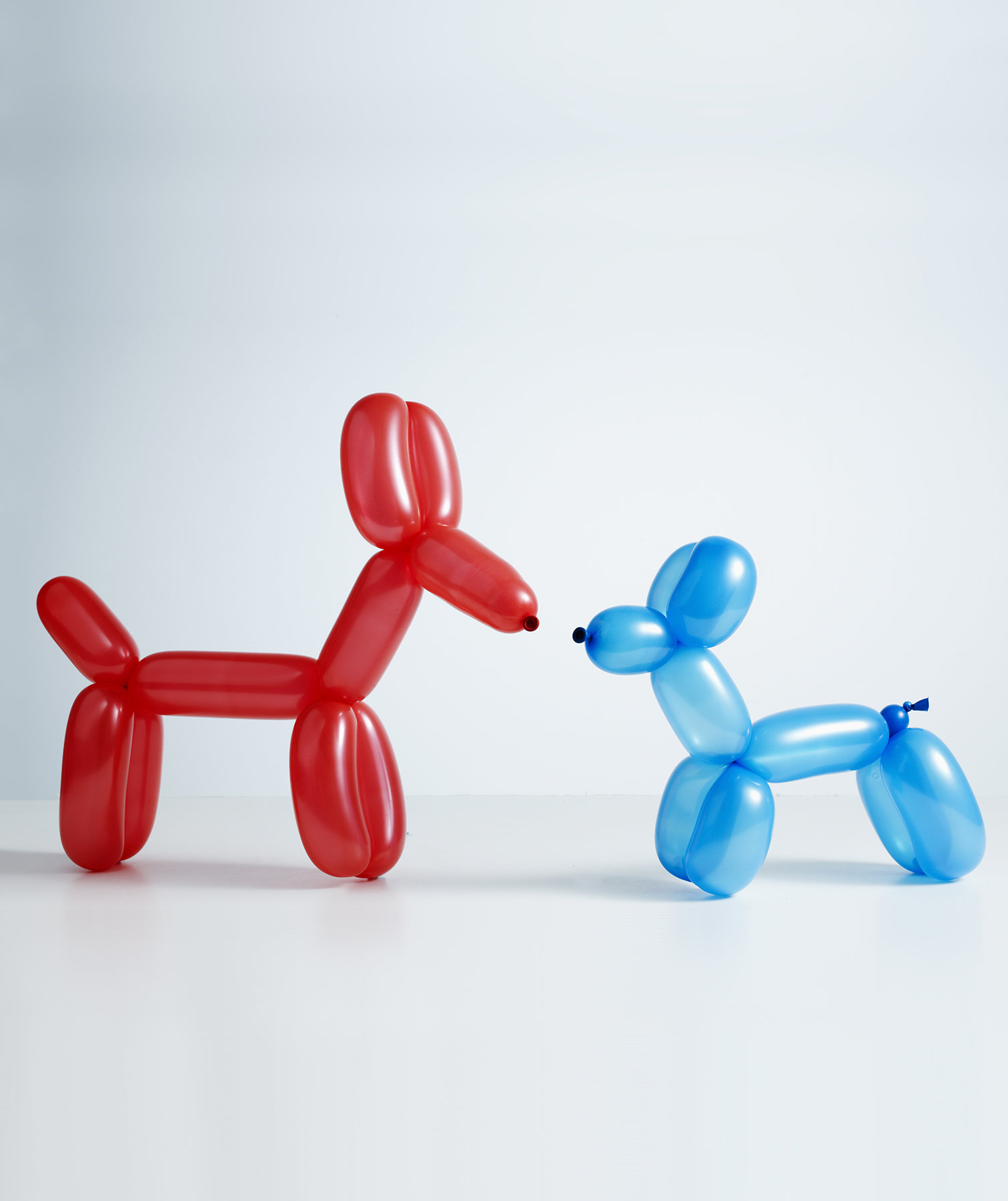 red-blue-balloon-animals