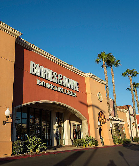 barnes-and-noble-store